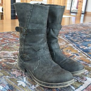 Rocket Dog Unleashed Distressed Boots